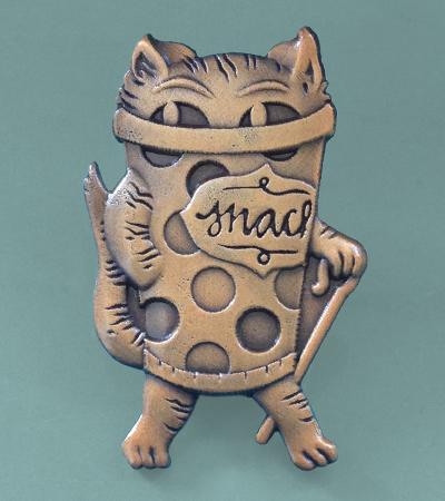 SNAC CAT / art pin